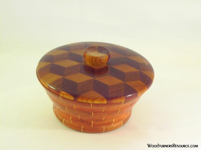 Tumbling block lidded bowl