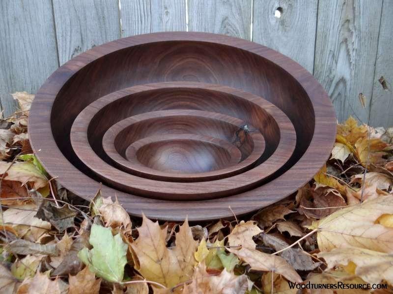 Walnut 4 bowl cored set