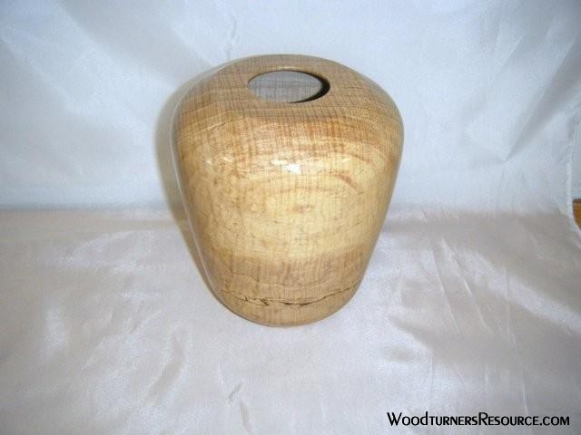 "Red maple hollow form. 2"" opening is this best I can do with my limite"